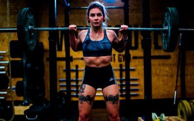 6 erros comuns cometidos por mulheres na musculação